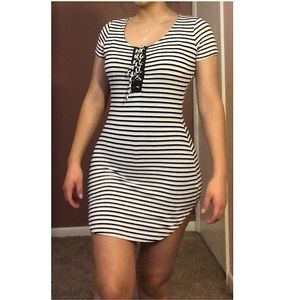 🌟Charlotte Russe Stripped dress🌟